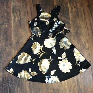 NWT Metallic Side Cutout Dress 7